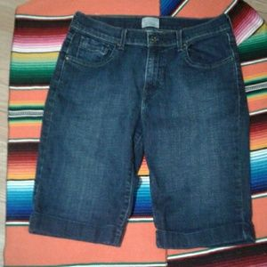 Levi's Women's Blue Jean Bermuda Shorts size 8